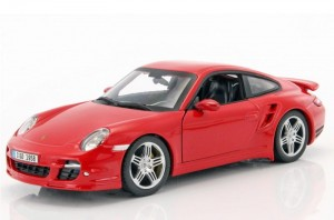 Porsche 911 Turbo (997) red Automaxx 1:24