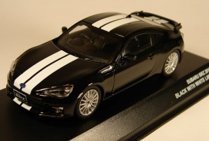 Subaru BRZ 2013 black with white stripes Kyosho 1:43