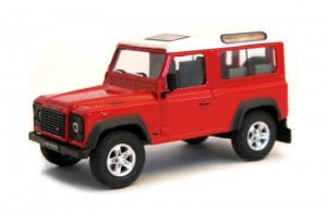 Land Rover Defender 90 red Cararama 1:43