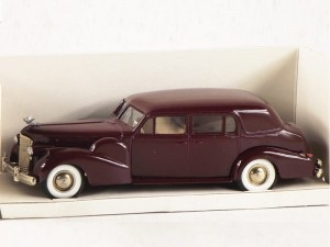 Cadillac V16 1938-1940 bordeau Rextoys 1:43