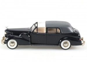 Cadillac V16 Coupe de Ville 1938-1940 black Rextoys 1:43