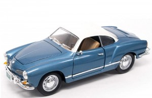 Volkswagen Karmann Ghia 1966 blue Lucky Die Cast 1:18