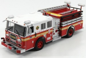 Seagrave Marauder II New York Fire Department Hachette 1:43