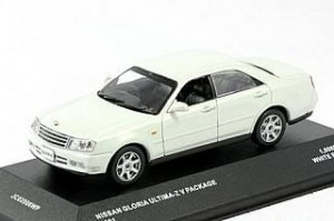 Nissan Gloria Ultima Z V Package white J Collection 1:43