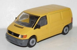 Mercedes-Benz Vito Kastenwagen yellow