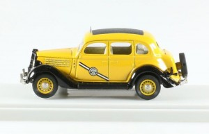 Ford TAXI Yellow Cab 1935