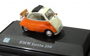 BMW Isetta 250 orange Cararama 1:72