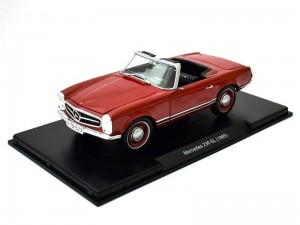 Mercedes-Benz 230 SL 1965 Leo Models 1:24