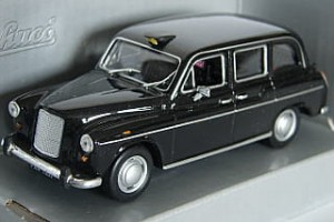 Austin FX4 TAXI London Schuco 1:43