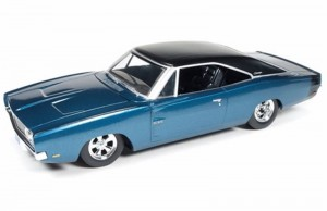 Dodge Charger Custom 1969 Auto World 1:24