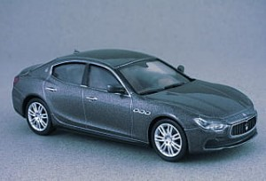Maserati Ghibli gray Whitebox 1:43