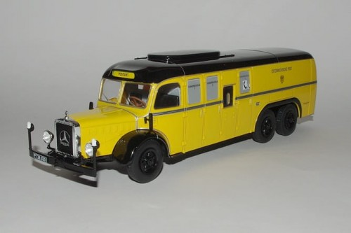 Hachette metalowy model autobusu Mercedes-Benz 0 10000 1938 .jpg