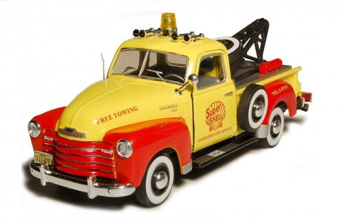 Cararama metalowy model samochodu Chevrolet C3100 Pick up Tow Truck yellow.jpg